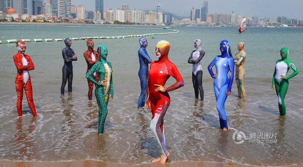 facekini-sin-burkini-4